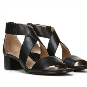 Naturalizer Adele Black Sandals 9 1/2